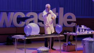 25 Chemistry Experiments in 15 Minutes | Andrew Szydlo | TEDxNewcastle